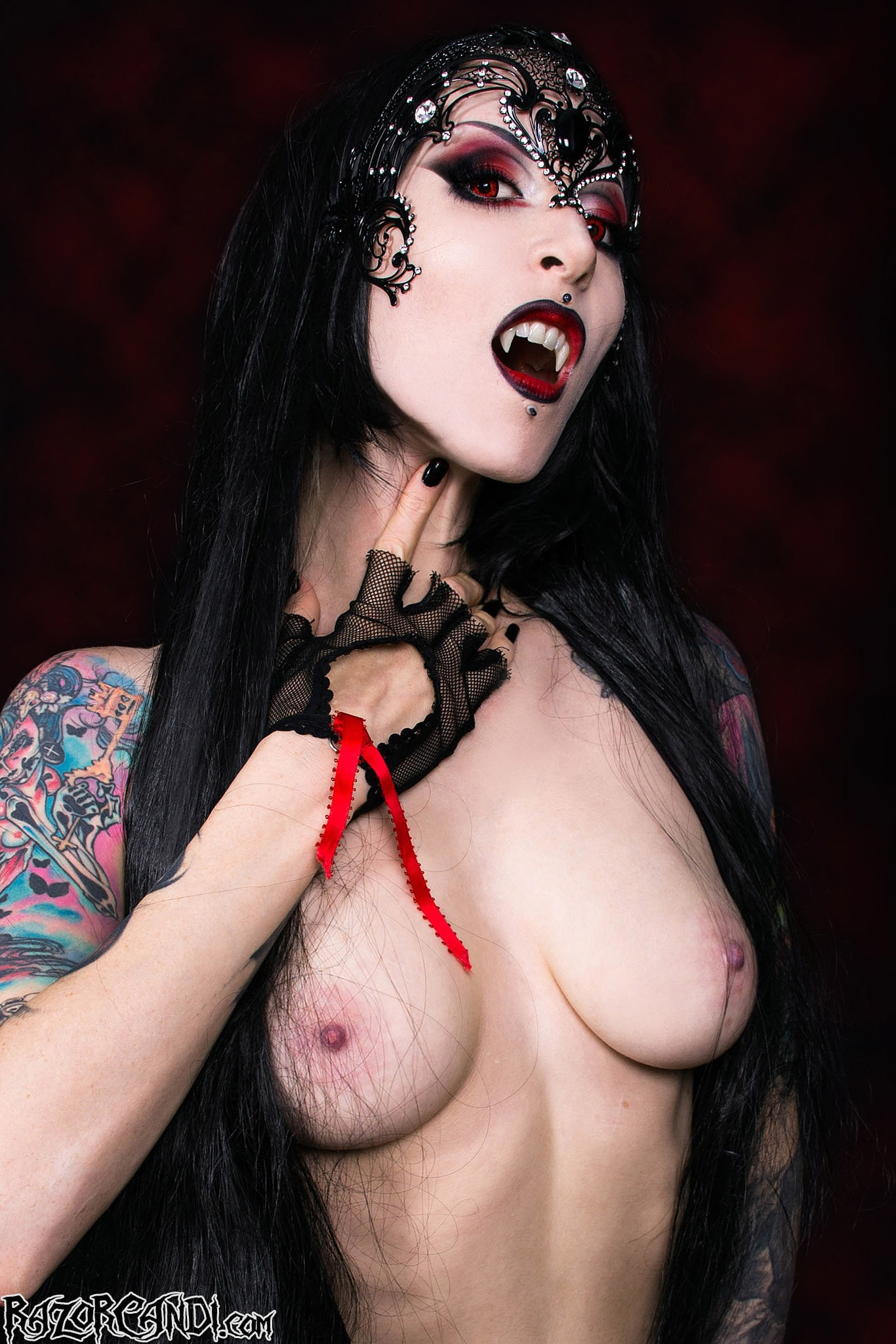 Gothic naked females flash